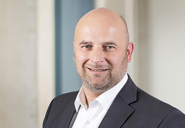 René Szabo - your contact person sales | KTR Systems