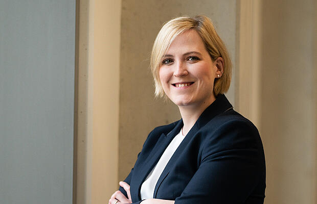 Ellen Herdering Social Media Managerin| KTR Systems