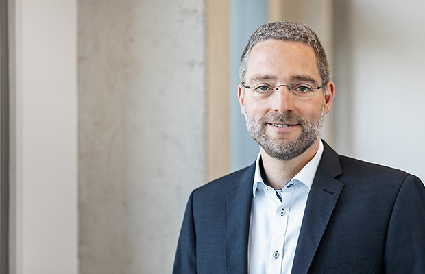 Olaf Korbanek - Head of IT - KTR Systems GmbH